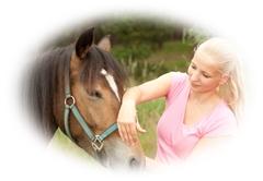 Ganzheitliche Pferdefachtherapie Christina Karina Schneppe